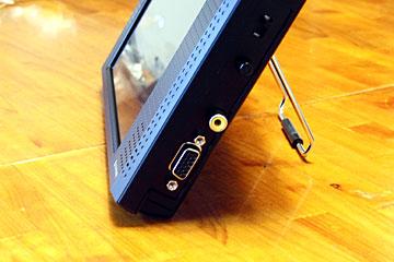 LCD-7100V_4
