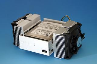 冷却効果抜群のホバーパイルダー型(クリックで拡大)